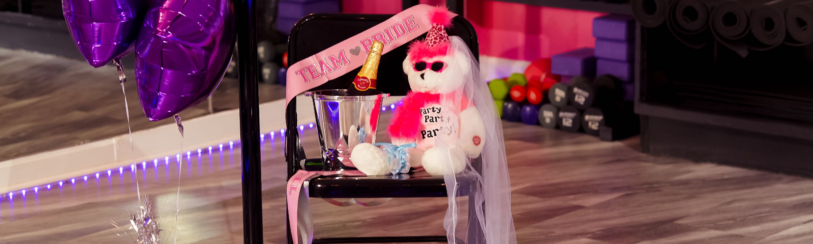2019-1214-Twisted-Fitness-Party-Bear-Bridal-1777-2600×800-COMPRESSED