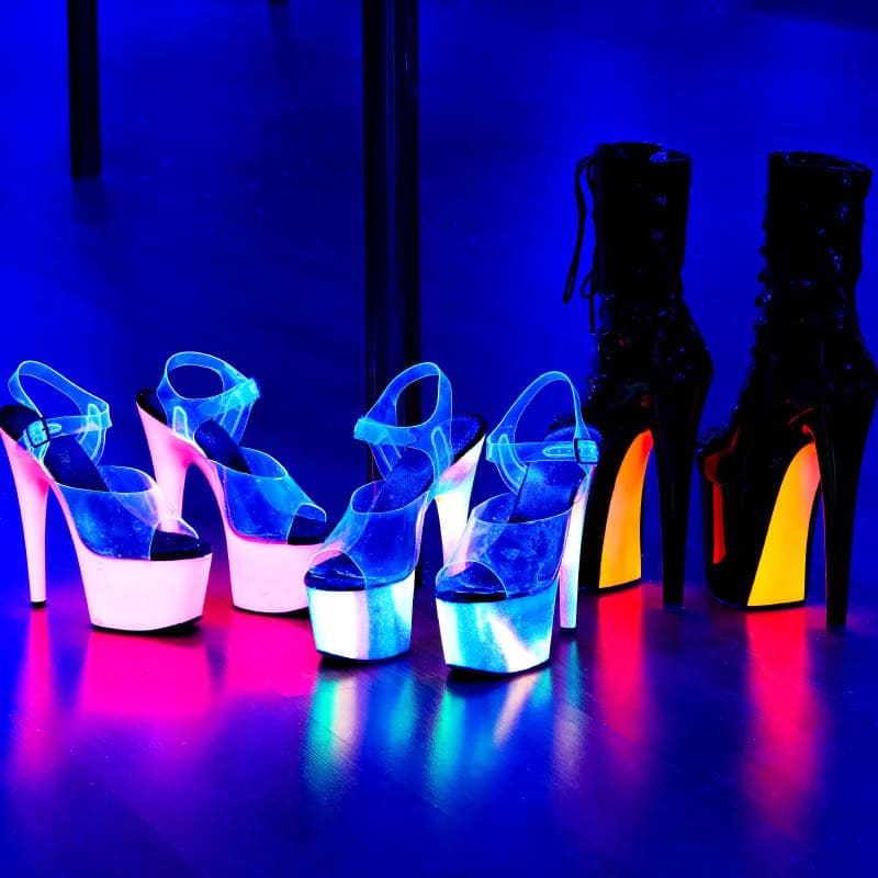 2019-1222-Classes-Pole-Pole-Seduction-Heels-Black-Lights-2399-800×800-COMPRESSED